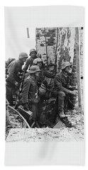 Battle Of Stalingrad  Nazi Infantry Street Fighting 1942 Beach Sheet