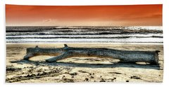 Beach With Wood Trunk - Spiaggia Con Tronco IIi Beach Towel