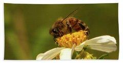 Bee Among Daisies Beach Towel