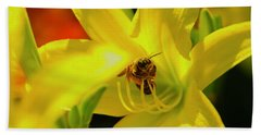 Bee On Yellow Lilly Beach Towel