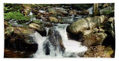 Below Anna Ruby Falls Beach Towel by Jerry Battle