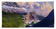 Beach Towel featuring the photograph Big Bend by John Poon