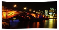 Blackfriars Bridge Illuminated In Orange Beach Towel