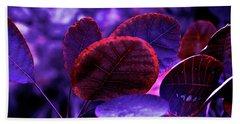 Bleeding Violet Smoke Bush Leaves - Pantone Violet Ec Beach Sheet
