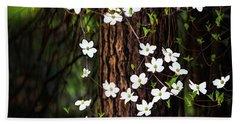 Blooming Dogwoods In Yosemite Beach Towel