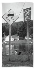 Beach Towel featuring the photograph Brookfield, Vt - Floating Bridge 2 Bw by Frank Romeo