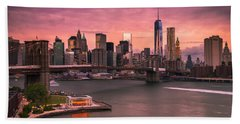 Brooklyn Bridge Over New York Skyline At Sunset Beach Sheet by Ranjay Mitra