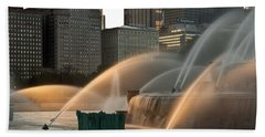 Buckingham Fountain Sidelight  Beach Sheet by Steve Gadomski