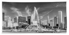Buckingham Fountain Skyline Panorama Black And White Beach Sheet by Christopher Arndt