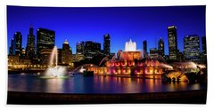 Buckingham Memorial Fountain Beach Towel