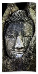 Buddha Head In Banyan Tree Beach Towel