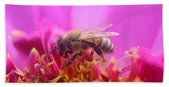 Busy Bee Beach Sheet