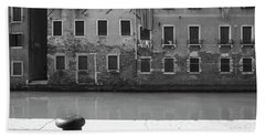 Bw Venice I Beach Sheet by Yuri Santin