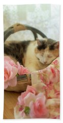 Calico Kitty In A Basket With Pink Roses Beach Towel