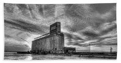 Cargill Sunset In B/w Beach Towel