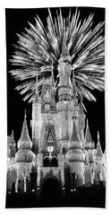 Castle With Fireworks In Black And White Walt Disney World Mp Beach Towel
