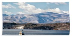 Catskill Mountains With Lighthouse Beach Sheet