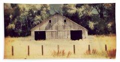 Hwy 3 Barn Beach Sheet by Julie Hamilton