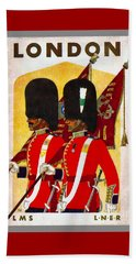 Changing The Guard London - 1937 Beach Towel