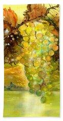 Chardonnay Grapes In Sunlight Beach Towel