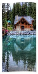 Charming Lodge Emerald Lake Yoho National Park British Columbia Canada Beach Sheet