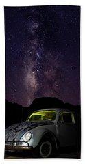 Classic Vw Bug Under The Milky Way Beach Sheet