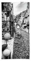 Cobbled Streets Of Clovelly Beach Towel