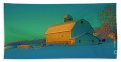 Conley Rd White Barn Beach Towel