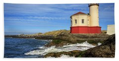 Coquille River Lighthouse At Bandon Beach Towel