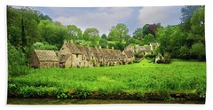 Countryside Cottages Beach Towel
