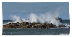 Crashing Waves And Gulls Beach Sheet
