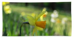 Daffodil Side Profile Beach Towel