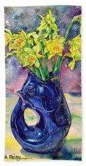 Daffodil Spray Beach Towel