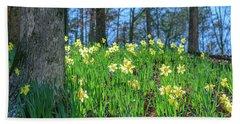 Daffodils On Hillside 2 Beach Towel