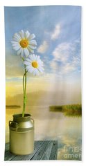 Daisies In The Summer Morning Beach Towel