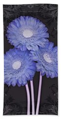 Daisy Days II Beach Towel