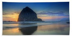 Day's End In Cannon Beach Beach Towel