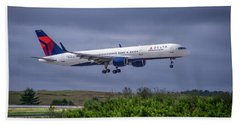 Delta Air Lines 757 Airplane N557nw Art Beach Sheet