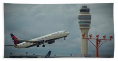 Delta Airlines Airplane N835dn Hartsfield Jackson Atlanta International Airport Art Beach Towel