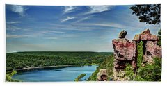 Devil's Doorway Beach Towel