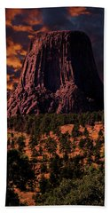 Beach Towel featuring the photograph Devils Tower Sunrise by Scott Read