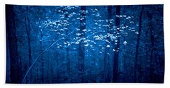 Beach Towel featuring the photograph Dogwoods Of Texas by Linda Unger