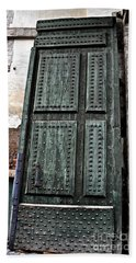 Door To The Roman Gateway Beach Sheet