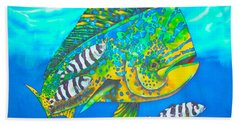 Dorado And Pilot Fish - Mahi Mahi Fish Beach Towel
