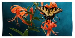 Eastern Tiger Swallowtail Butterfly On Orange Tiger Lily Beach Towel