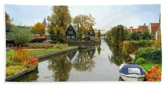 Edam Waterway In Autumn Beach Sheet