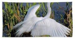 Egret Display Beach Towel