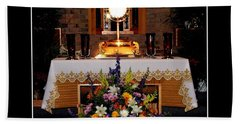 Eucharist I Am The Bread Of Life Beach Towel