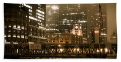 Evening In The Windy City Beach Towel