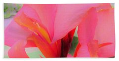 Exotic Lily Beach Sheet